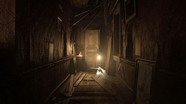 Resident Evil 7 lantern
